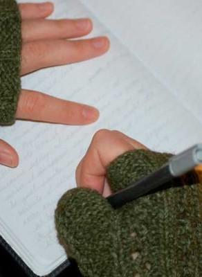 niña-escribiendo